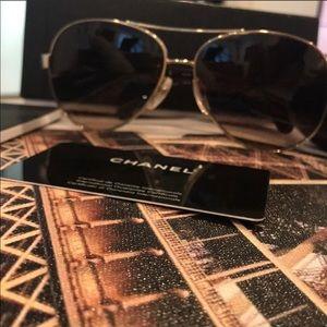 CHANEL 4195Q Pilot Aviator Sunglasses
